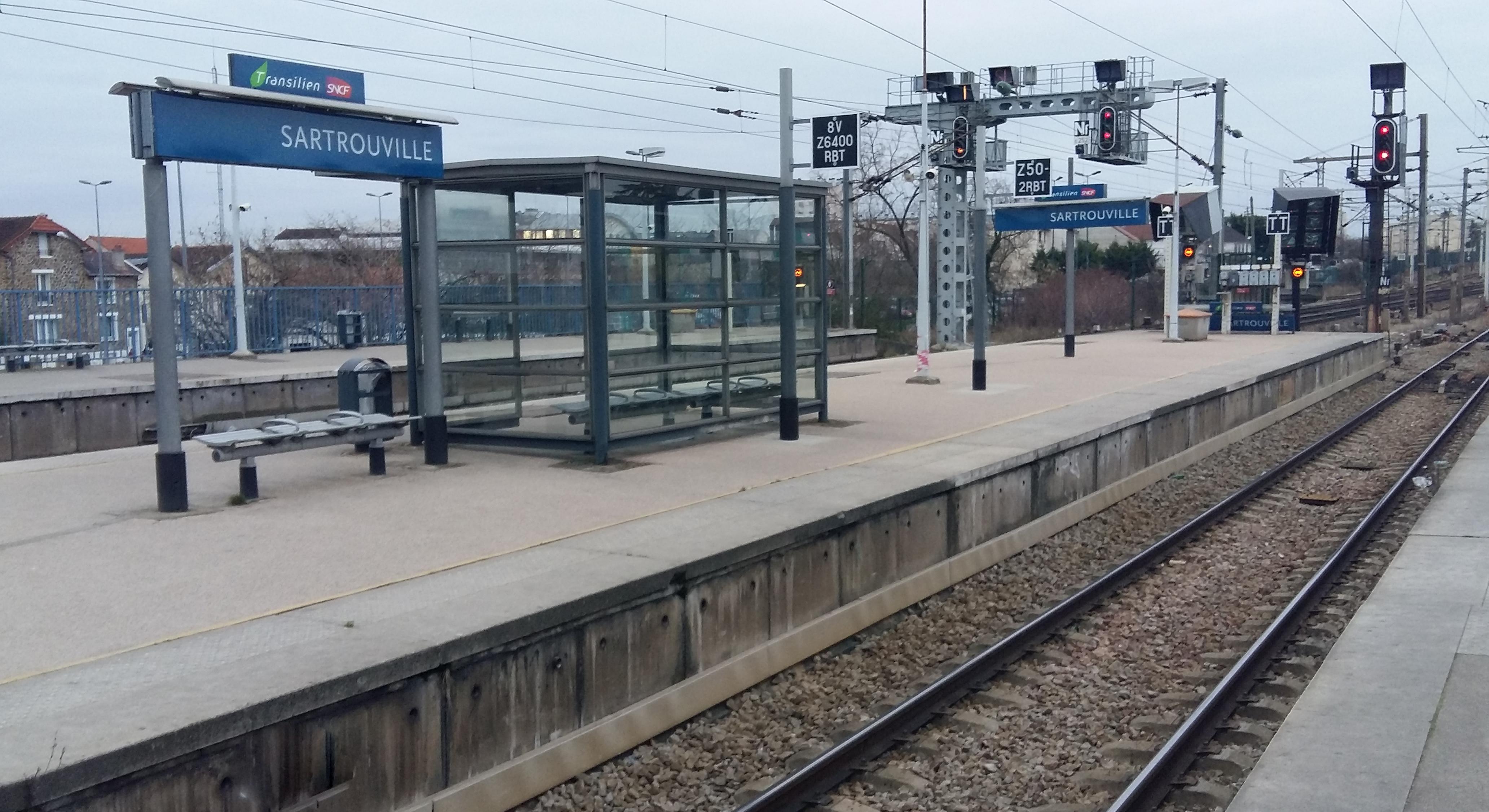 Travaux rer a cergy poissy vos trains ne circulent plus for Piscine cergy prefecture